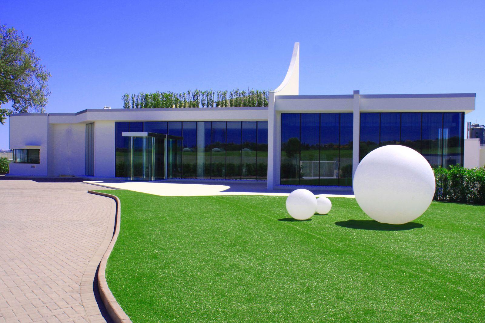 Slide – Globo – taras i ogród