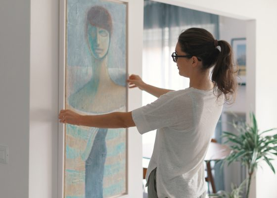 Obraz w domowym wnętrzu-Postaw na sztukę!